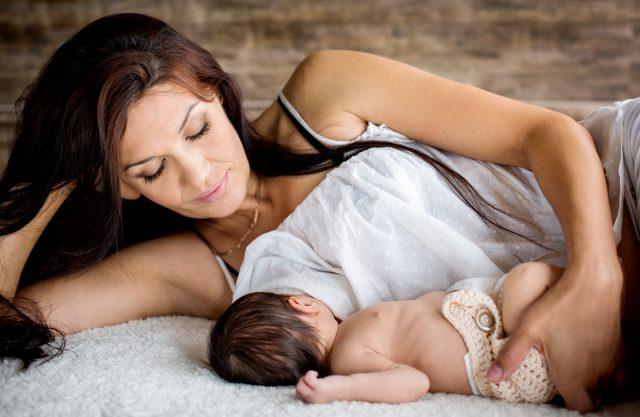 Ragadi al seno causate da un allattamento errato